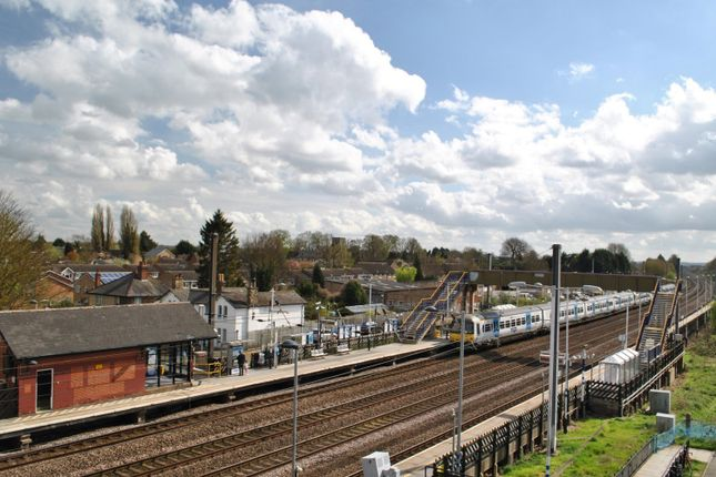 Arlesey Train Station