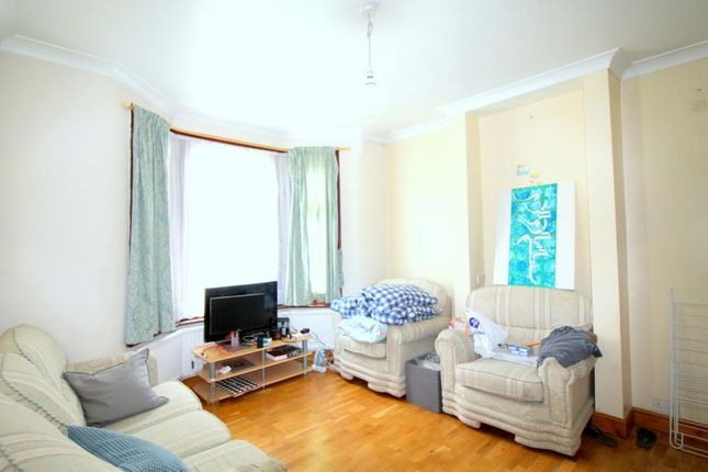 Thumbnail Terraced house to rent in Halley Road, London