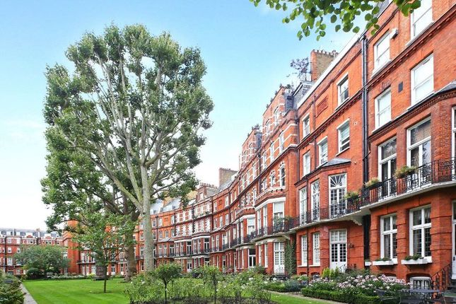 1 bed flat for sale in Egerton Court, London