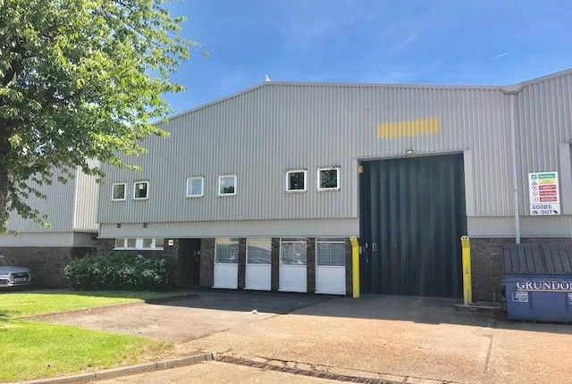 Light industrial to let in Industrial Centre, Coronation Road, Cressex Business Park, High Wycombe, Bucks