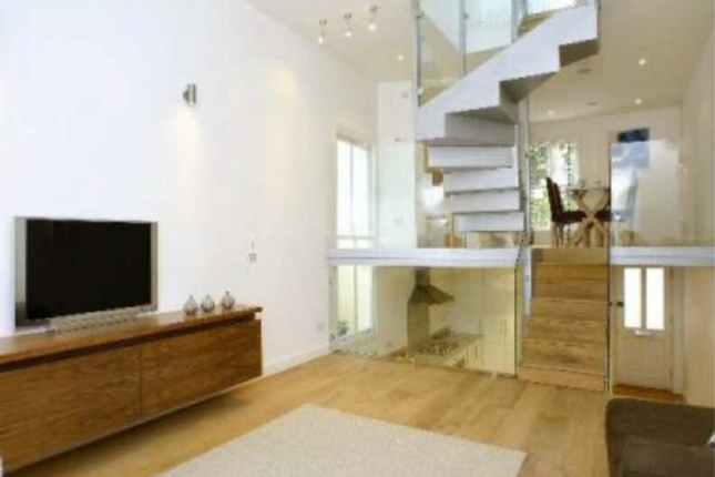Thumbnail Terraced house to rent in Parkhill Road, Belsize Park