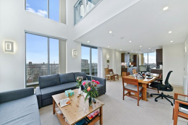 3 bed flat for sale in Christian Street, London E1