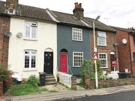Thumbnail Terraced house for sale in 176 Upper Bridge Road, Chelmsford, Essex