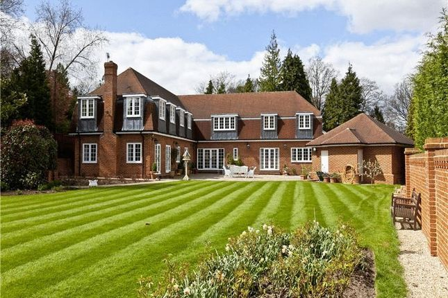 5 bedroom detached house for sale in Titlarks Hill, Sunningdale, Ascot