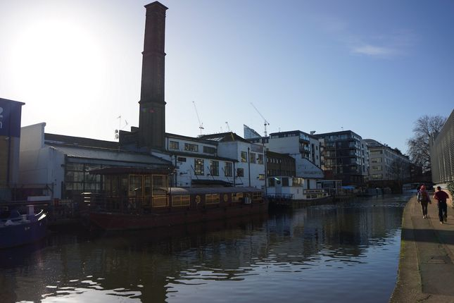 Thumbnail Houseboat to rent in Eagle Wharf Road, Islington
