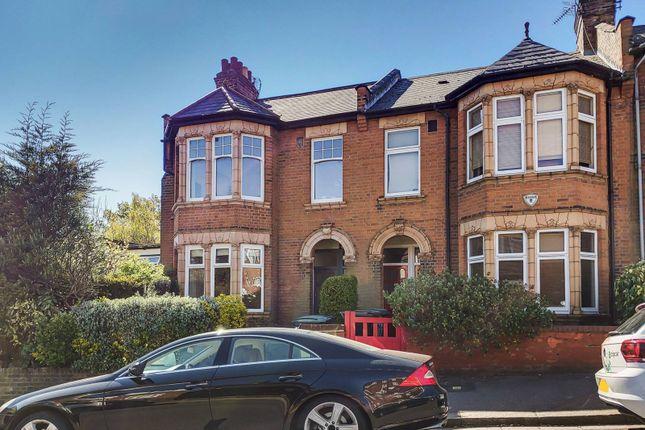 Thumbnail Maisonette to rent in St James Lane, Muswell Hill, London