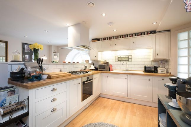 Thumbnail Maisonette for sale in Kensington Chapel, Kensington Place, Bath