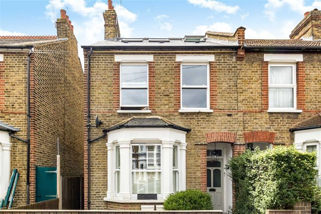 Thumbnail Flat for sale in Chestnut Road, London