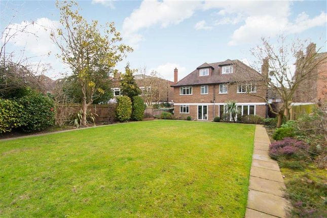 Thumbnail Detached house to rent in The Ridings, Ealing