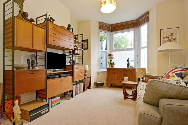 Thumbnail Flat to rent in Bromar Road, Camberwell, London