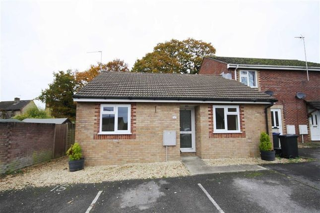 Thumbnail Bungalow for sale in Hewlett Close, Chippenham, Wiltshire