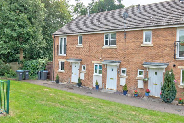 Terraced house for sale in Eddington Crescent, Welwyn Garden City