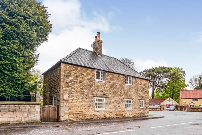 3 bed detached house for sale in High Street, Leadenham, Lincoln LN5