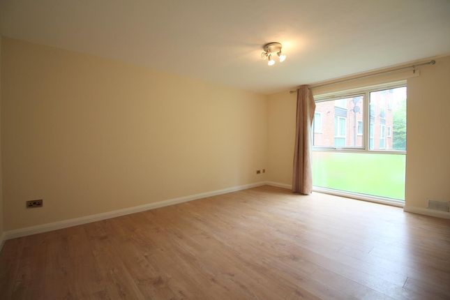 Thumbnail Flat to rent in Aylsham Drive, Uxbridge