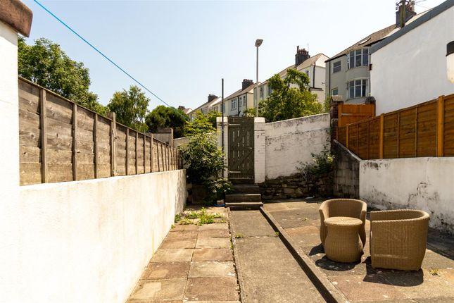 Garden of Norton Avenue, Plymouth PL4