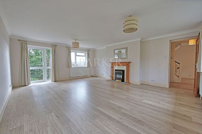 Thumbnail Detached house to rent in Barnards Hill, Marlow
