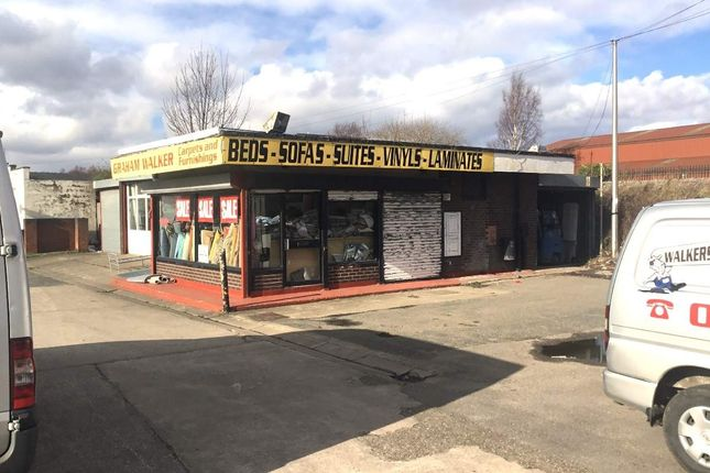 Thumbnail Commercial property for sale in Holywell Road, Flint