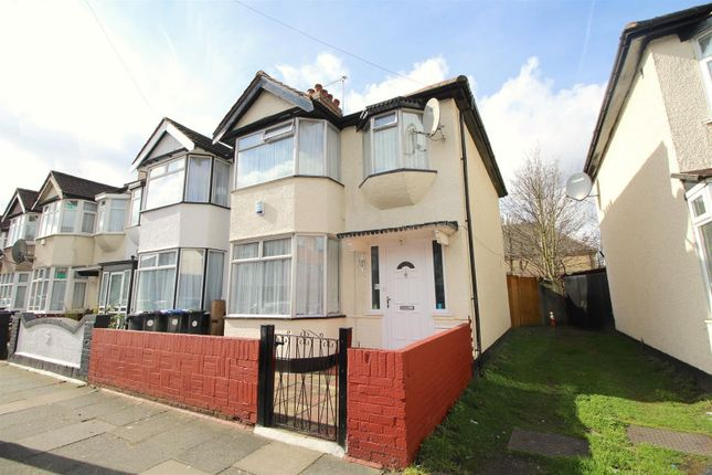 Thumbnail End terrace house for sale in Kingsmead Avenue, Edmonton