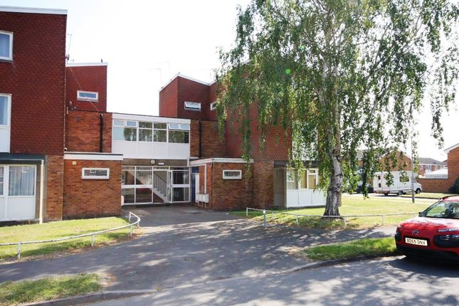 Thumbnail Maisonette for sale in Meadow Road, Alcester