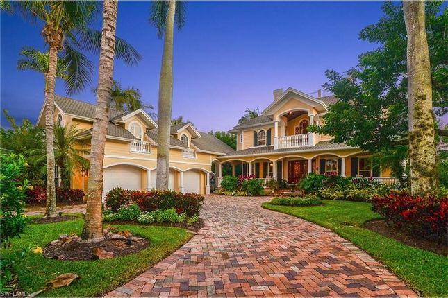 Thumbnail Property for sale in 250 Lake Dr N, Naples, Fl, 34102
