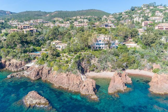 Thumbnail Property for sale in Watersedge Villa, Theoule-Sur-Mer, French Riviera