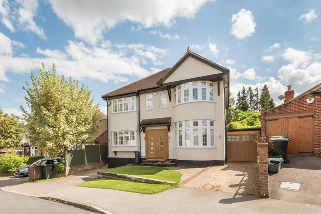 Thumbnail Detached house to rent in Park Mount, Harpenden