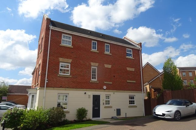 Town house for sale in Ashfield Close, Penistone, Sheffield