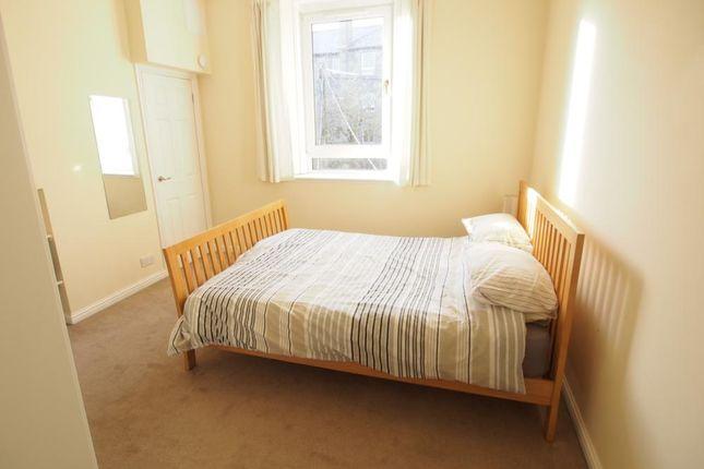 Bedroom of Roslin Street, First Floor Right AB24