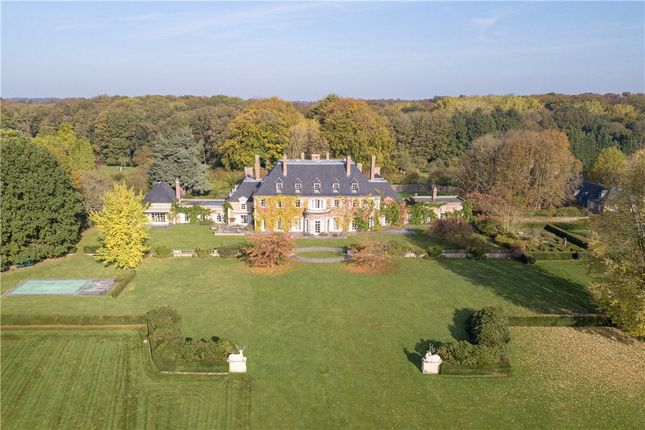 Thumbnail Château for sale in Oyal Domain Of Argenteuil, Waterloo, Brussels, Belgium