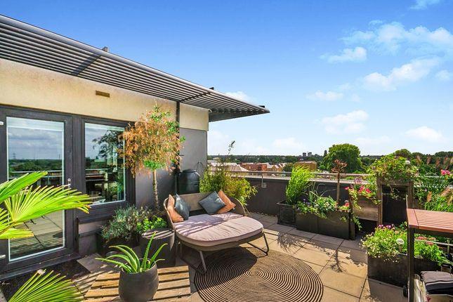 Thumbnail Flat for sale in 170 London Road, Wallington, Surrey