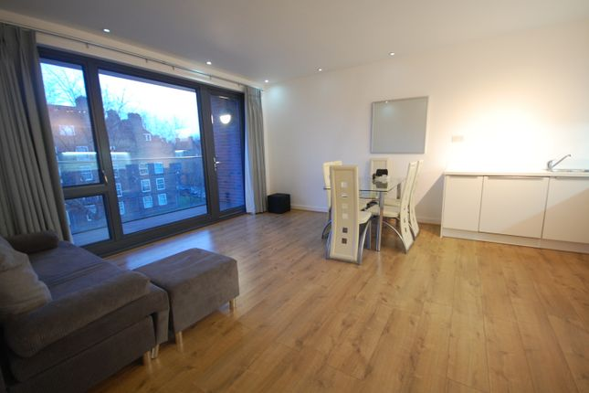 Flat to rent in Stewarts Road, Battersea