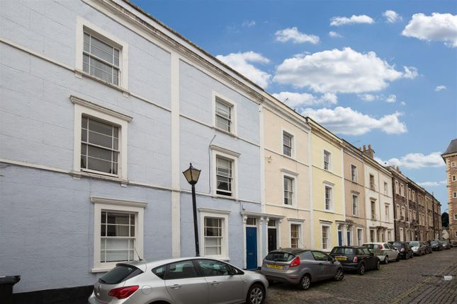 2 bed flat for sale in Gloucester Street, Clifton, Bristol