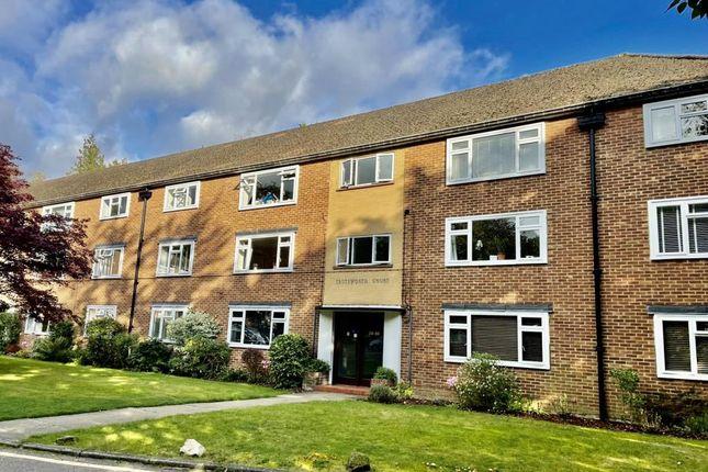 2 bed flat for sale in Virginia Water, Surrey GU25