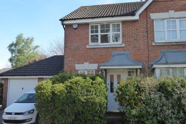 Thumbnail Property to rent in Friarscroft Way, Aylesbury