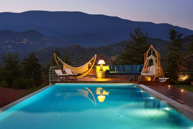 6 bed villa for sale in Trimiklini, Limassol, Cyprus