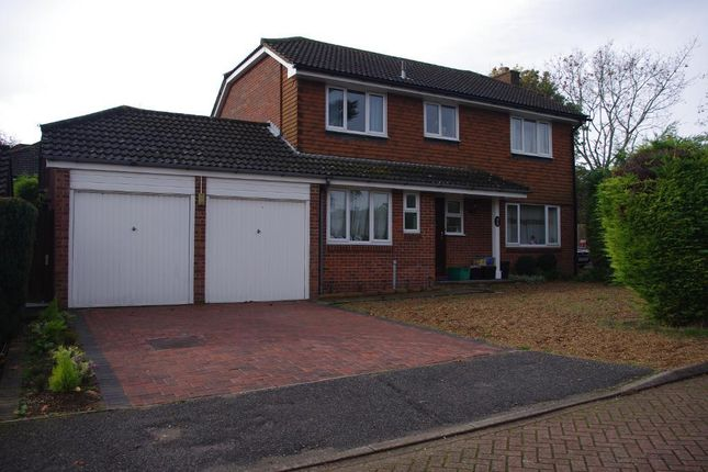 4 bed detached house for sale in Harlands Grove, Farnborough, Orpington, Kent