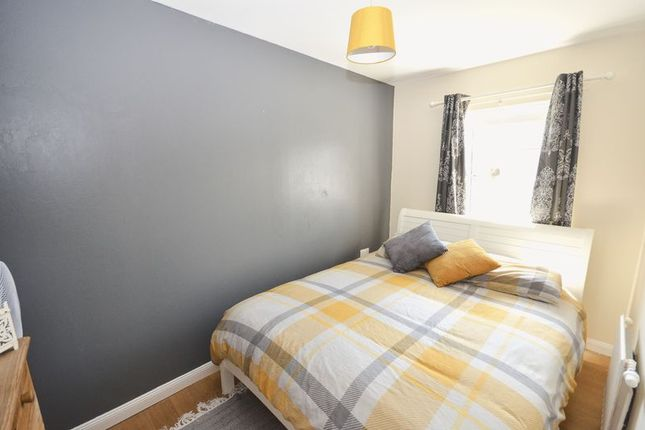 Bedroom 2 of Mctaggart Avenue, Denny FK6