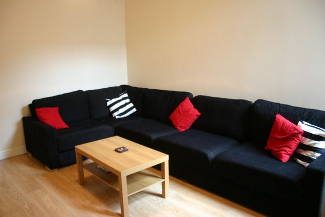 Thumbnail Property to rent in Fortuna Grove, Burnage/Fallowfield