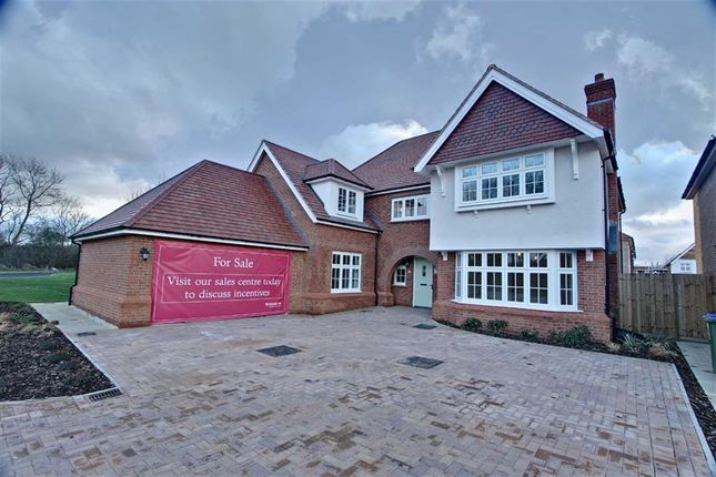Thumbnail Detached house for sale in New Road, Weston Turville, Aylesbury
