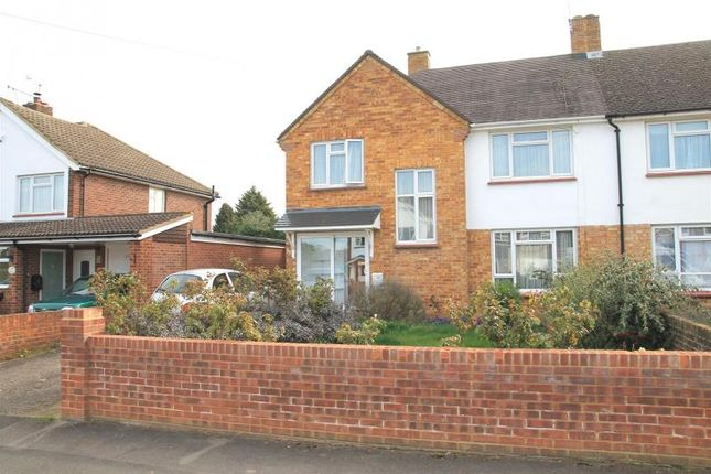 Thumbnail Semi-detached house for sale in Burnetts Road, Windsor