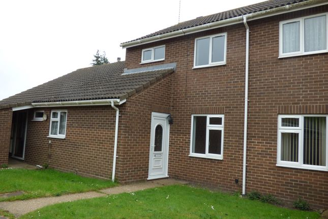 Thumbnail Terraced house to rent in Silverwood Close, Pakefield, Lowestoft