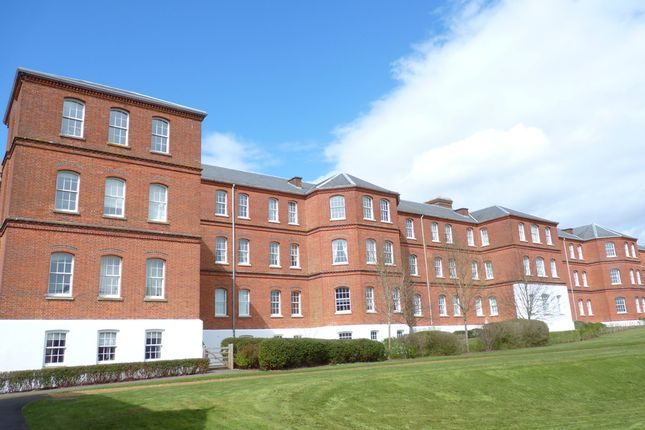 Thumbnail Flat to rent in Boundary Walk, Knowle, Fareham, Hampshire