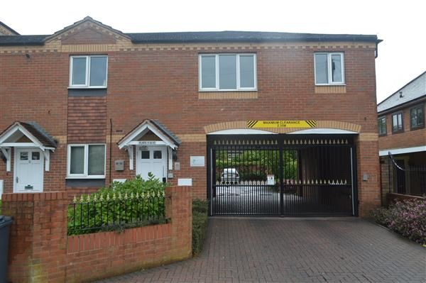 Thumbnail Flat to rent in Woodlands Court, 9 Bridge Road, Walsall