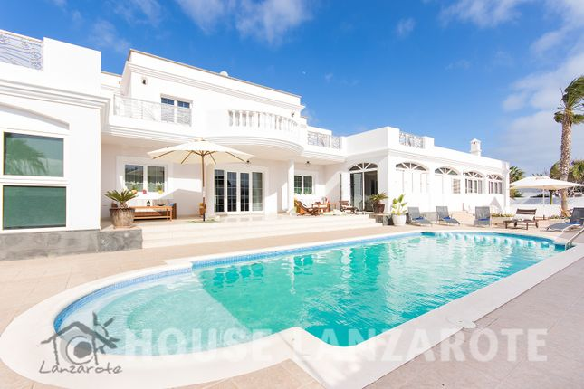 Thumbnail Villa for sale in Costa Teguise, Costa Teguise, Lanzarote, Canary Islands, Spain