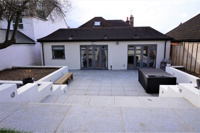 Thumbnail Detached house for sale in Hamilton Road, Kings Langley