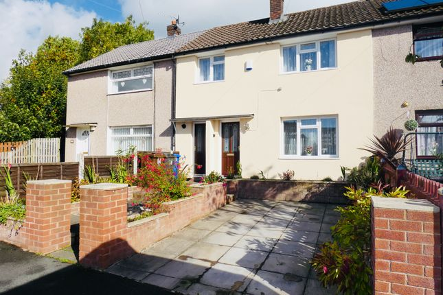 Thumbnail Town house for sale in Anglesey Close, Ashton-Under-Lyne