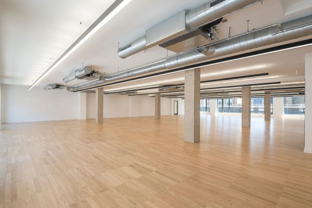 Office to let in St. John Street, London