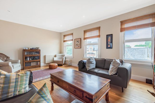 Thumbnail Flat for sale in Schubert Road, Putney