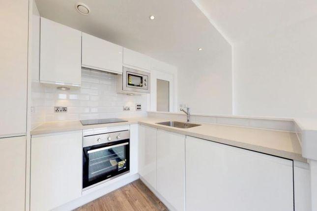 Thumbnail Flat to rent in Hawkins Lane, Finzels Reach, City Centre, Bristol