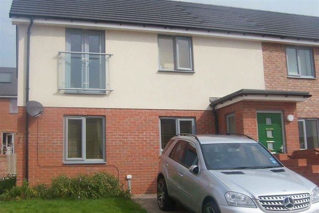 Thumbnail Flat to rent in Lydney Court, Throckley, Newcastle Upon Tyne